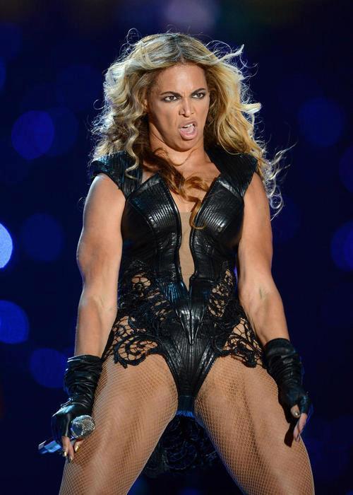 Beyonce02_V_4Feb13_pa_P_b22