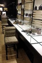 chanel-boutique-london-vogue-8-10jun13-sk_b_592x888