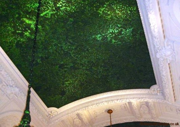 ceiling-at-Royal-Palace-in-Brussels-by-Jan-Fabre
