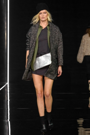 http://fashionmagazineblog.files.wordpress.com/2014/11/anja-rubik-x-mohito-zdj-filip-okopny_18.jpg?w=370&h=&crop=1