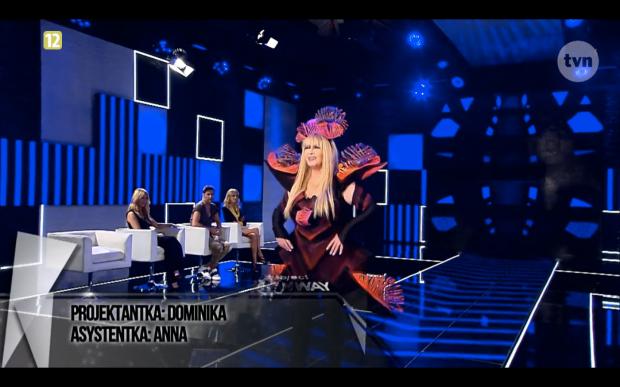 Dominika Syczyńska i Anna Młynarczyk Project Runway Bez Majtek S02E03 wybieg 2