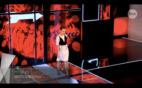 Agata Mickiewicz Project Runway Bez Majtek S02E06 Wybieg 1